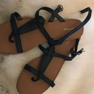 Old navy Black Flat Sandals With Buckle Strap